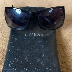 GUESS WOMENS SUNGLASSES